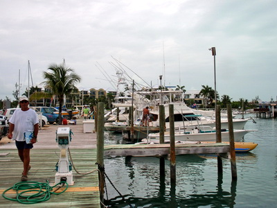 We went down to Turtle Cove Marina today and watched the Caicos Cup Tournament boats pull in after a day's fishing.